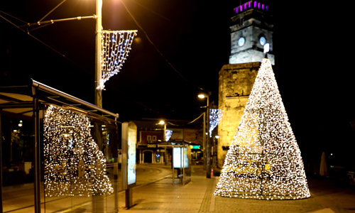 Büyükşehir Belediyesi Antalya'yı yeni yıl için süsledi