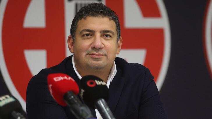SON DAKİKA! Antalyaspor'da başkan Ali Şafak Öztürk ve yönetim istifa etti