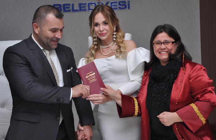 Nice Mutluluklar Türkel Çifti