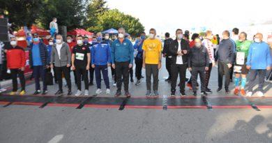 Antalya'da Runatolia Maratonu'nda 3 bin 500 kişi yarıştı