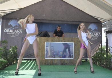 Lara Oba Beach te Dans Şov
