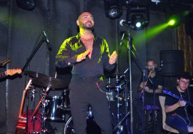 Sahne Antalya'da Rober Hatemo Rüzgârı